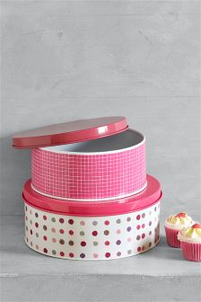 Set of 2 Nesting Cake Tins