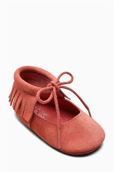 Lace-Up Pram Shoes (Younger Girls)