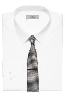 Forward Point Collar Shirt
