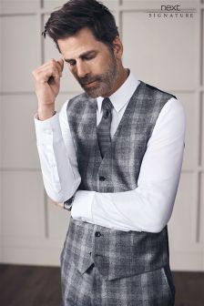 Signature Wool Check Slim Fit Suit: Waistcoat
