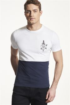 Graphic Muscle Fit T-Shirt