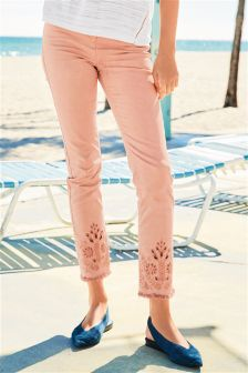 Embroidered Cut Out Cropped Jeans