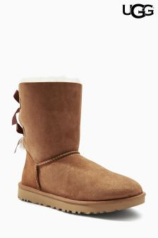 Ugg® Chestnut Bailey Bow Short Boot