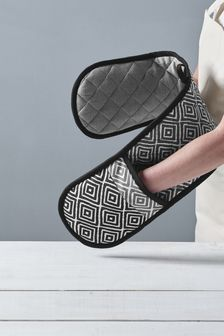Grey Geo Design Oven Glove