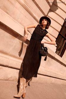 Avengers T-Shirt (3-16yrs)