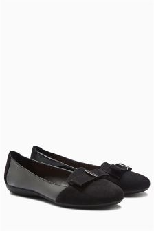 Forever Comfort Slip-On Bow Ballerinas