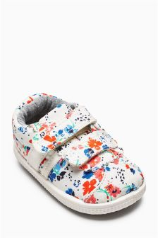 Pram Trainers (Younger Girls)