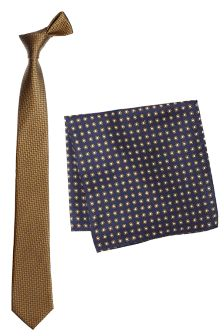 Textured Tie And Pocket Square
