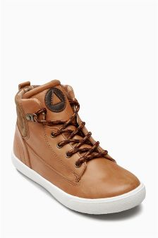 Hiker Chukka Boots (Older Boys)