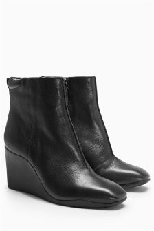 Signature Leather Wedge Boots