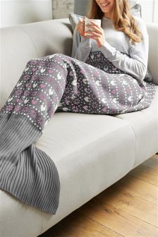 Fairisle Pattern Mermaid Tail Blanket