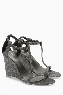 T-Bar Glam Wedges