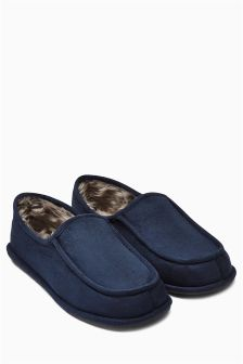 Navy Apron Closed Back Slipper
