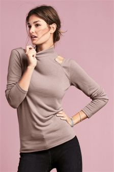 Light Knit Cold Shoulder Top
