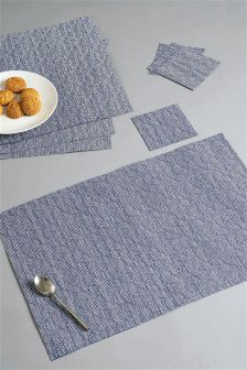Set Of 8 Plastic Mats And Coasters