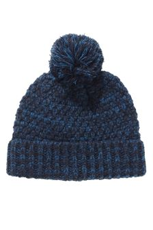 Textured Bobble Beanie