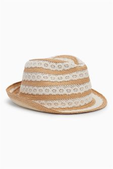Broderie Trilby (Older Girls)