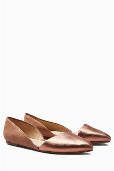 Asymmetric Point Shoes