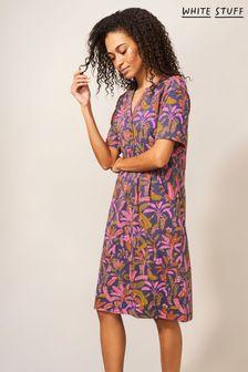 White Nike Juvenate