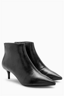 Kitten Heel Zip Boots