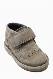 Brogue Desert Boots (Younger Boys)