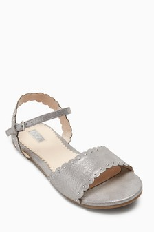 Scallop Sandals (Older Girls)