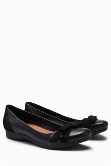 Leather Bow Ballerinas