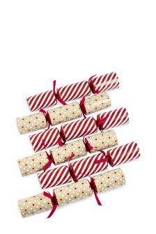 Set Of 12 Family Crackers