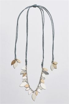 Leaf Detail Pully Necklace