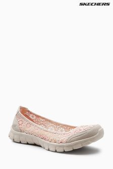 Skechers® Cream Ez Flex 3.0 Majesty Pump