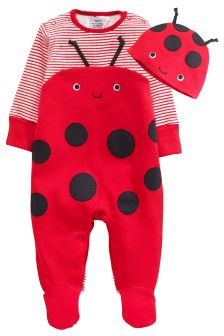 Ladybird Sleepsuit And Hat Set (0mths-2yrs)