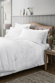 Country Luxe White Pleated Bed Set