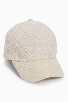 Broderie Cap (Older Girls)