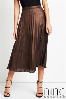 Nine By Savannah Miller Metallic Pleated Skirt