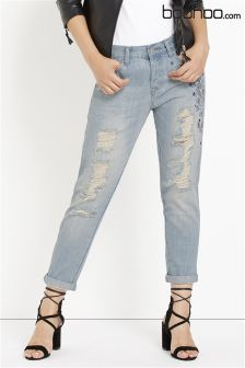 Boohoo Distressed Embroidered Boyfriend Jean