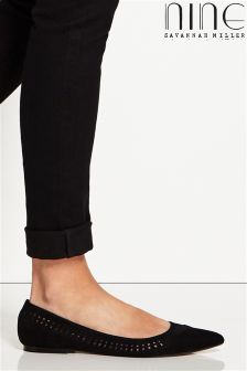 Nine By Savannah Miller Pointed Flat Shoes