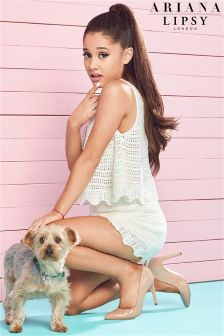 Ariana Grande For Lipsy Crochet Knit Co-ord Shorts