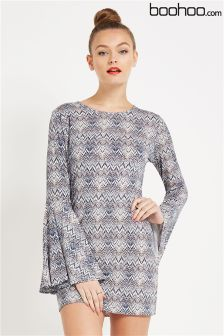 Boohoo Bell Sleeve Printed Dress