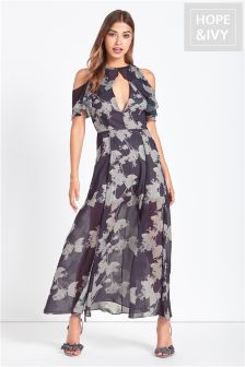 Hope & Ivy Cold Shoulder Maxi
