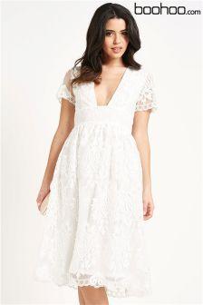 Boohoo Scallop Hem Organza Prom Dress