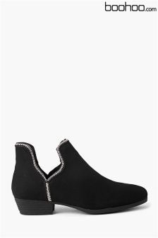 Boohoo Zip Trim Cut Away Ankle Boots
