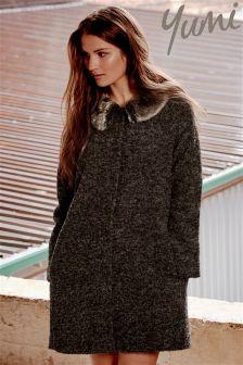Yumi Detachable Fur Collar Swing Coat