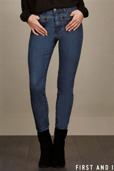 First and I High Waist Jeans