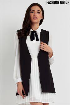 Fashion Union Sleeveless Blazer
