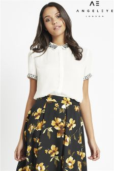 Angeleye Short Sleeved Embroidered Blouse