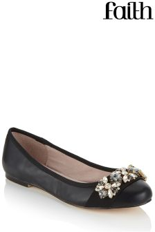 Faith Round Toe Pumps