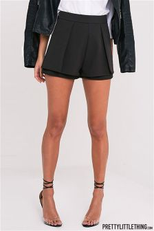PrettyLittleThing Tailored Shorts