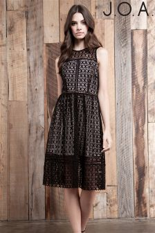 J.O.A Lace Midi Dress