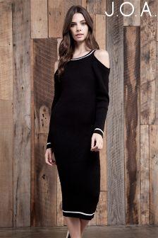 J.O.A Cold Shoulder Midi Dress
