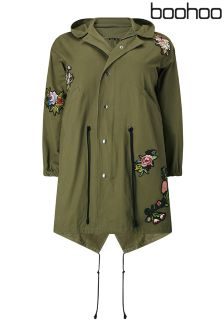 Boohoo Plus Twill Parka With Badge Appliqués